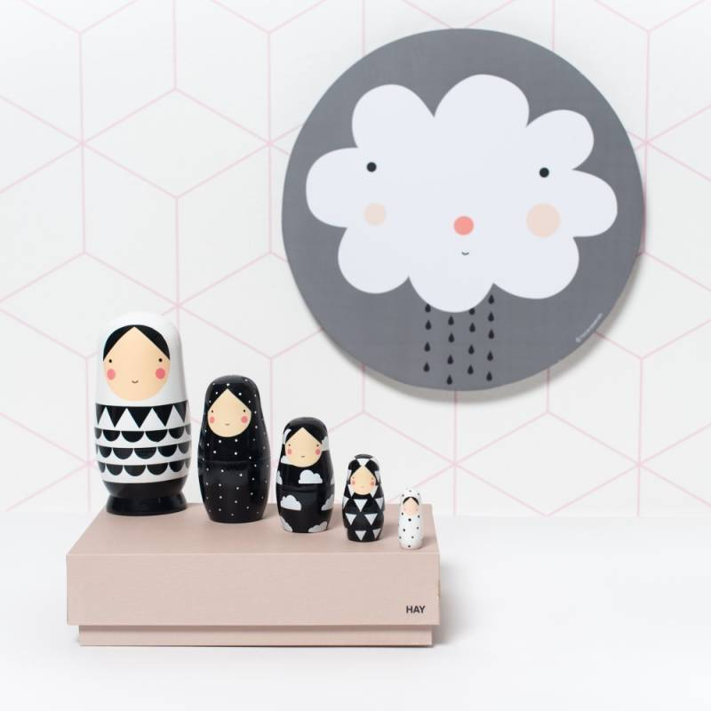 Nesting dolls | Black & White