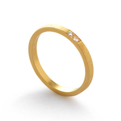 Trouwring Horizon in geelgoud met 2 diamanten van 0,02ct