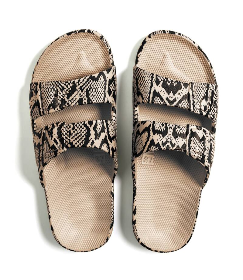 Freedom Moses - COBRA SANDS Slippers Adult