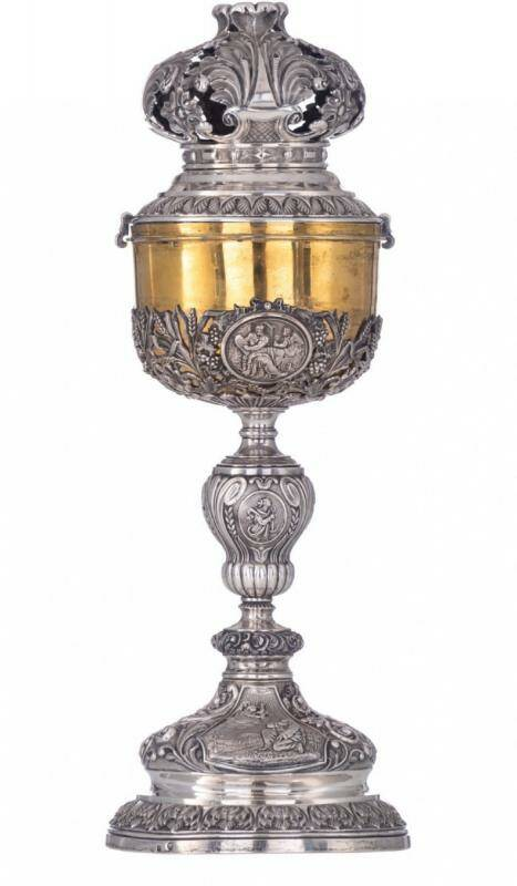 Majestic ciborium, Belgium around 1830-1850, solid silver