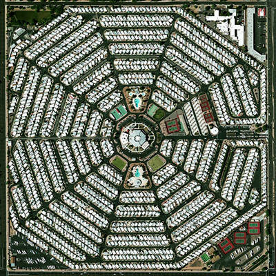 Modest Mouse – Strangers To Ourselves  Aussie Press