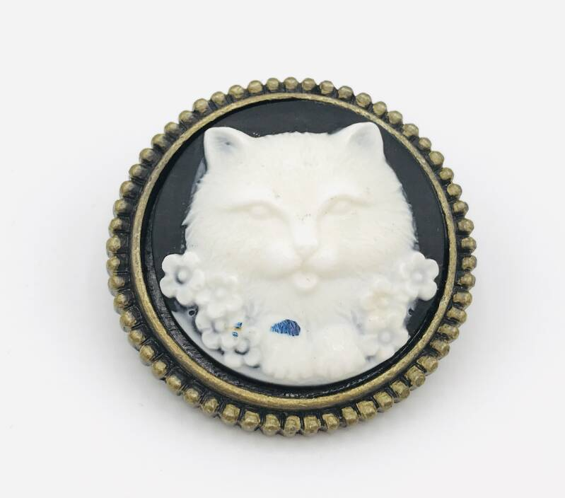 Pussolini™  upcycled broche