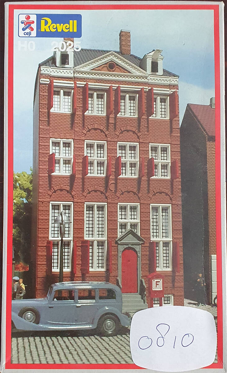 Revell H0 2025 - Rembrandthuis (0810)