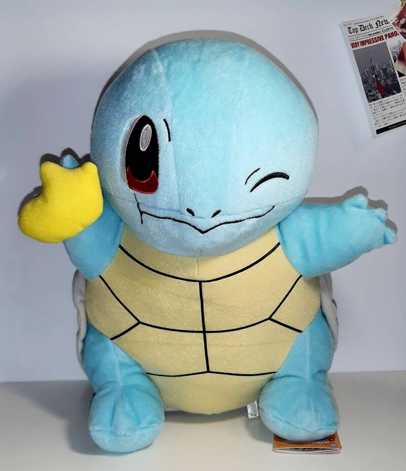 Japanse Plush Squirtle Eating