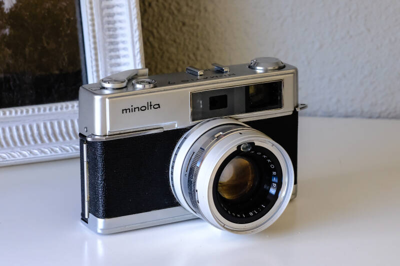 Vintage Camera Minolta Hi-matic 7 incl Case