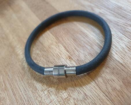 Wonderland - PU band 6mm Vintage Grey/Black met RVS magneet sluiting