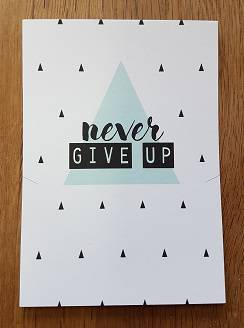 Never Give Up Kado Kaart Sieraden