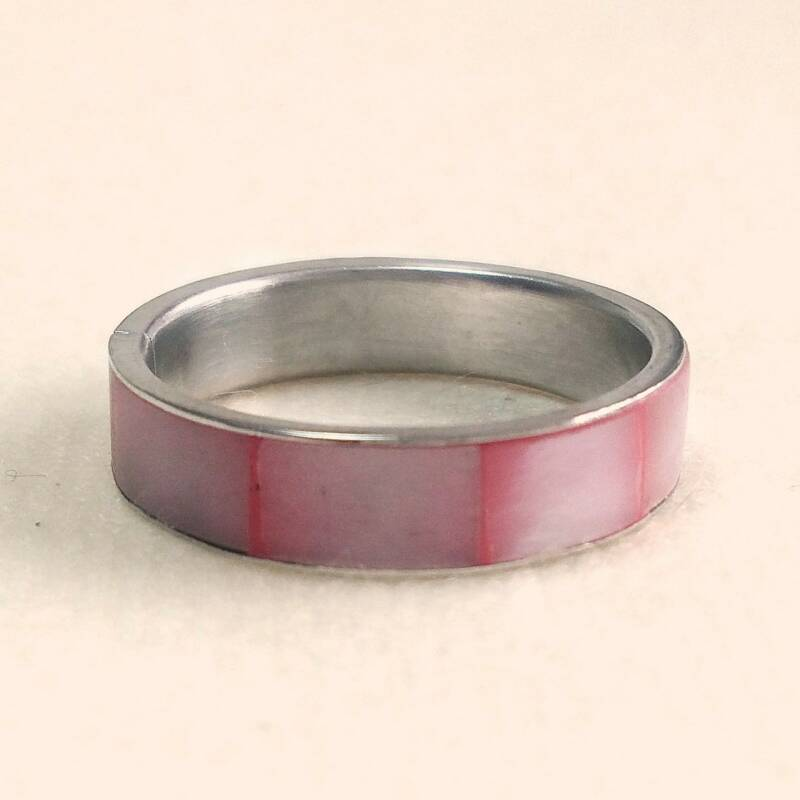 Roze parelmoer ring 70s