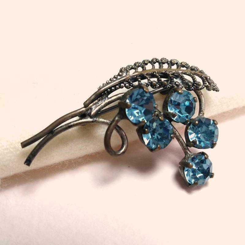 Turquoise strass broche 50s