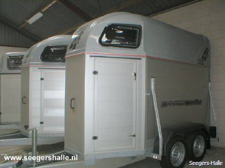 henra-performance-trailers-15-en-2-paards-19_0_445.jpg