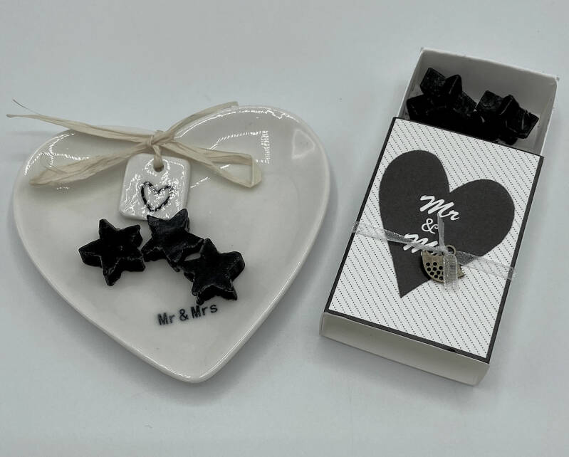 Mr & Mrs Give Away