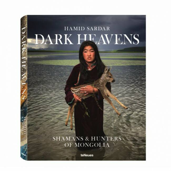 Designer boek Dark heavens, shamans & hunters of Mongolia