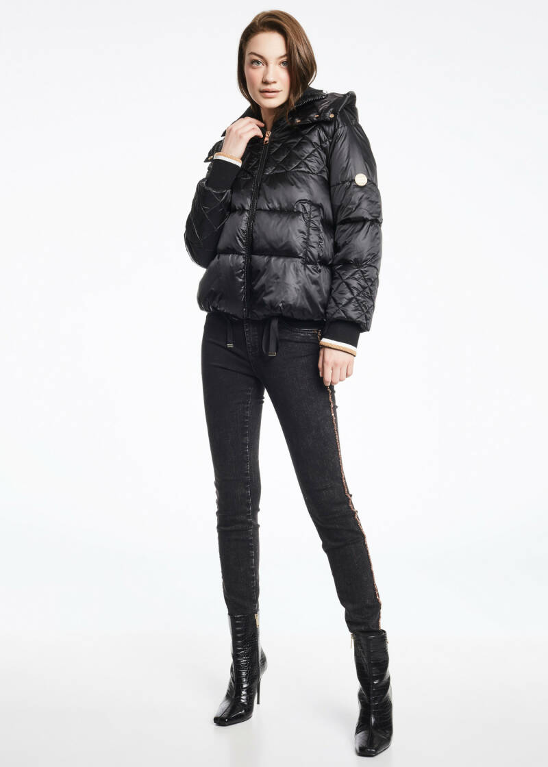 Gaudi Down jacket with diamond quilting