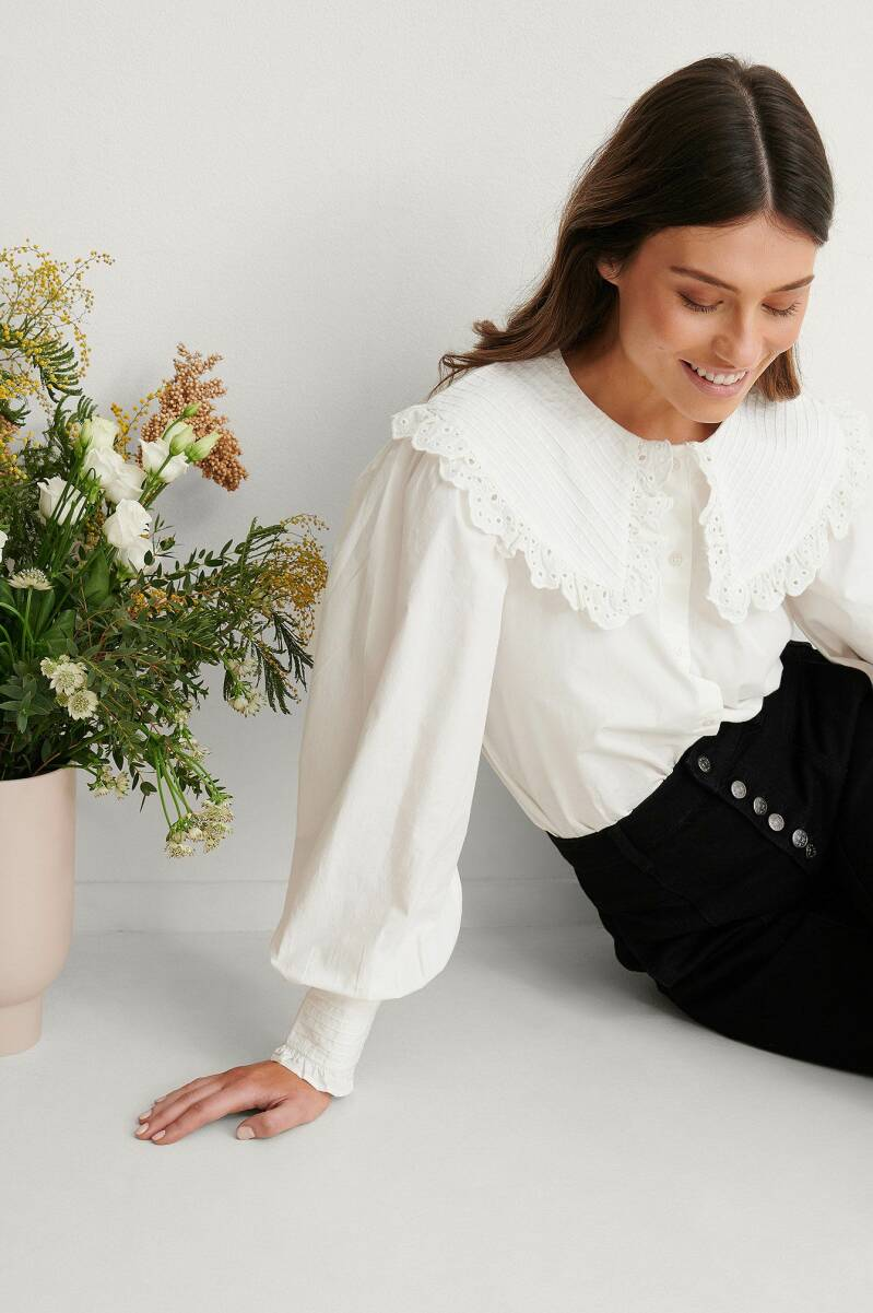 NA-KD Wide Collar Cotton Anglaise Blouse