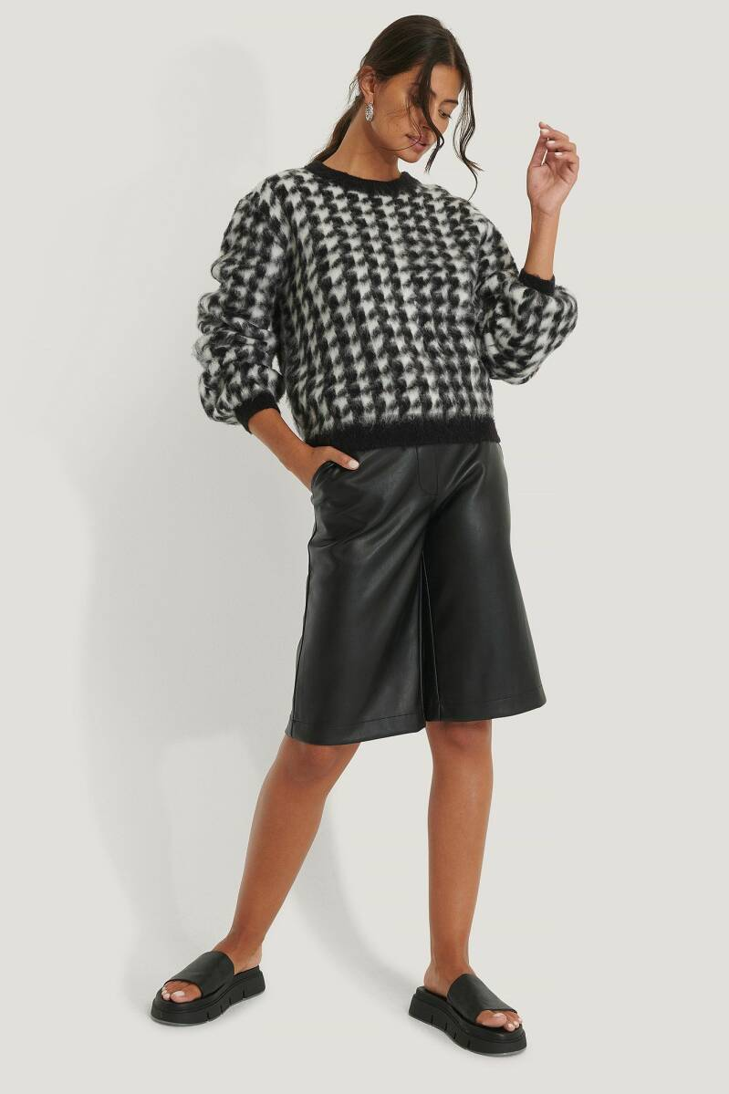 NA KD Houndstooth Sweater