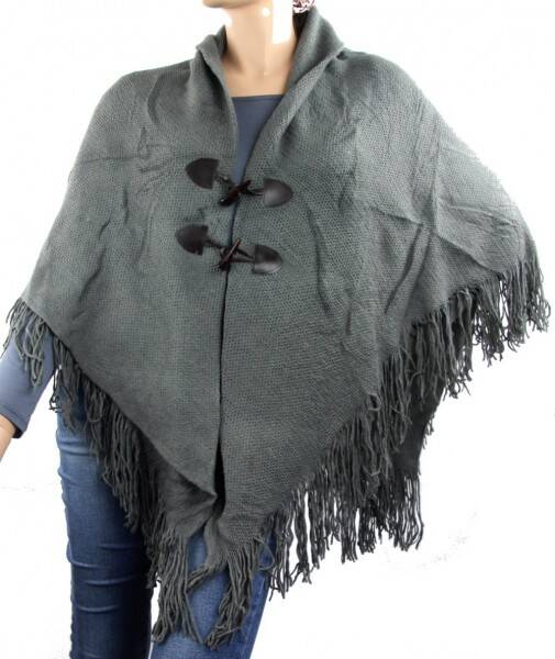 Poncho met ''houtje/touwtje'' detail