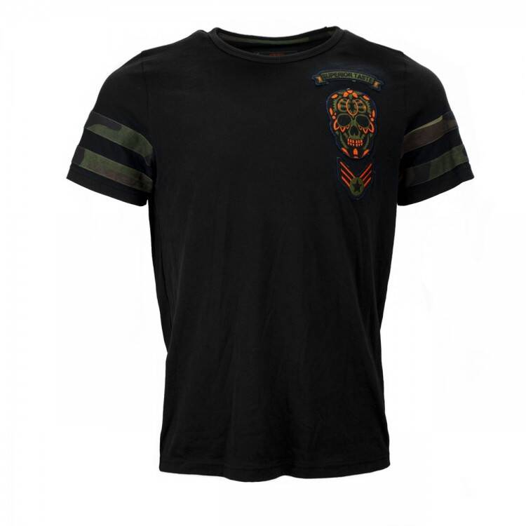 BLACK AND GOLD T`SHIRT