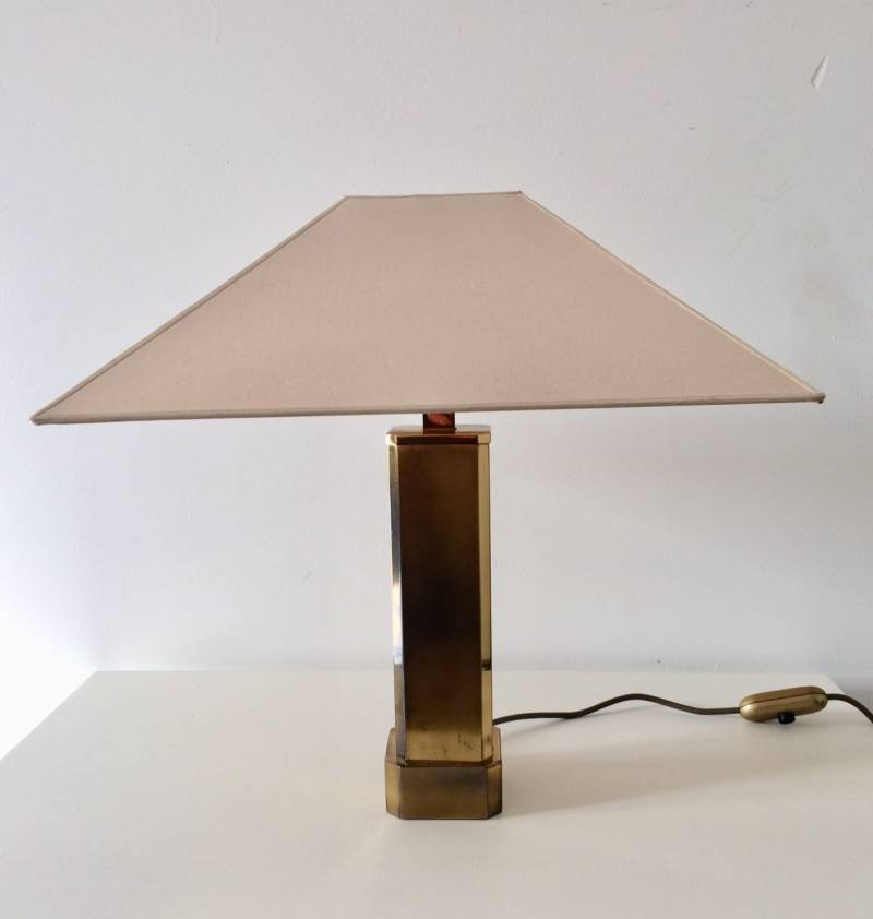 Hollywood Regency 1970's Design Square Brass Table Lamp