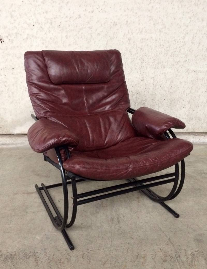 1970's Ultra Light Design Leather Relax Arm Chair metal tube frame