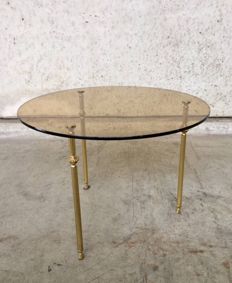 Hollywood Regency 1960's Design round smoke glass side table tripod legs