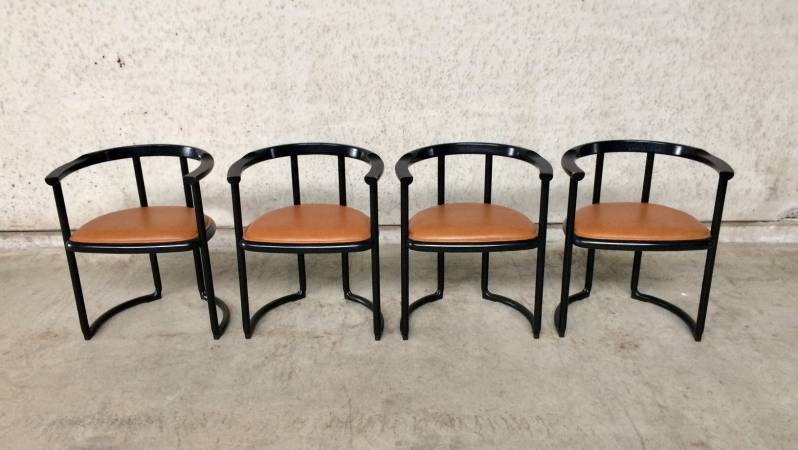 Ycami Collection Set of 4 Achillea Chairs by Tito Agnoli, 1970's Italy