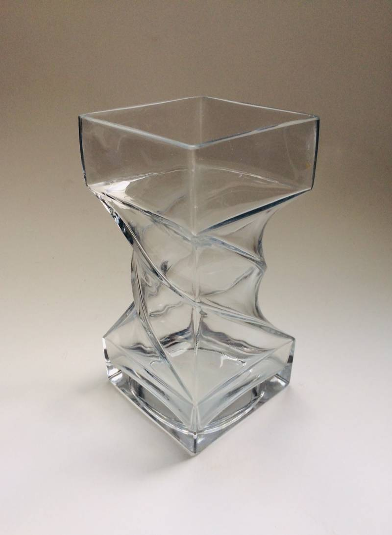 MCM Finnish Design Twisted Clear Glass Vase, 1970's Finland Riihimaki