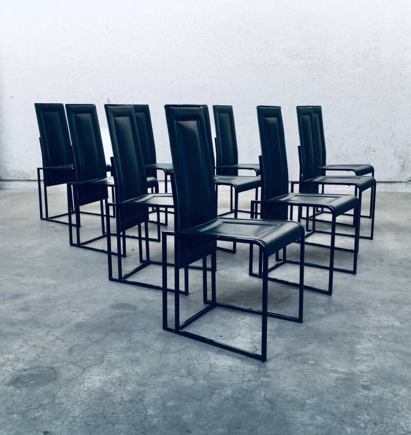 Postmodern Architectural Design Set of 10 Dining Chairs 1980's Italy