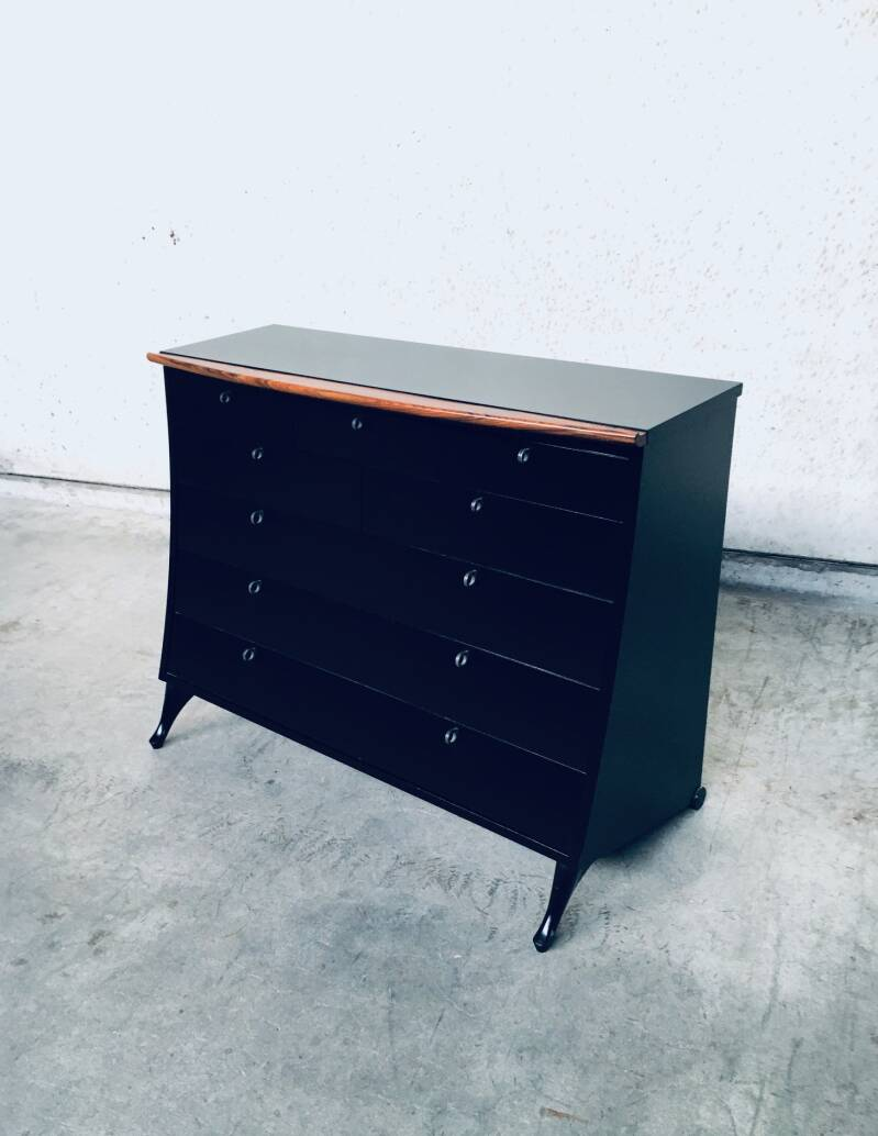 Postmodern Design Chest of Drawers by Umberto Asnago for Giorgetti, Italy 1980's