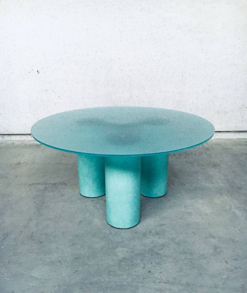 Postmodern Architectural Design 'Serenissimo' Round Dining Table by Lella & Massimo Vignelli for Acerbis, Italy 1980's