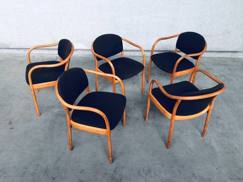 Original Design Thonet 82 Dining Chair set of 5