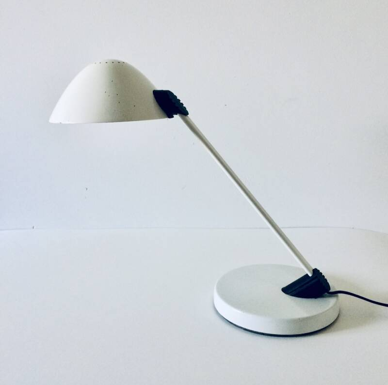 Post Modern Design White Metal Desk Lamp by Vrieland Holland 1980's