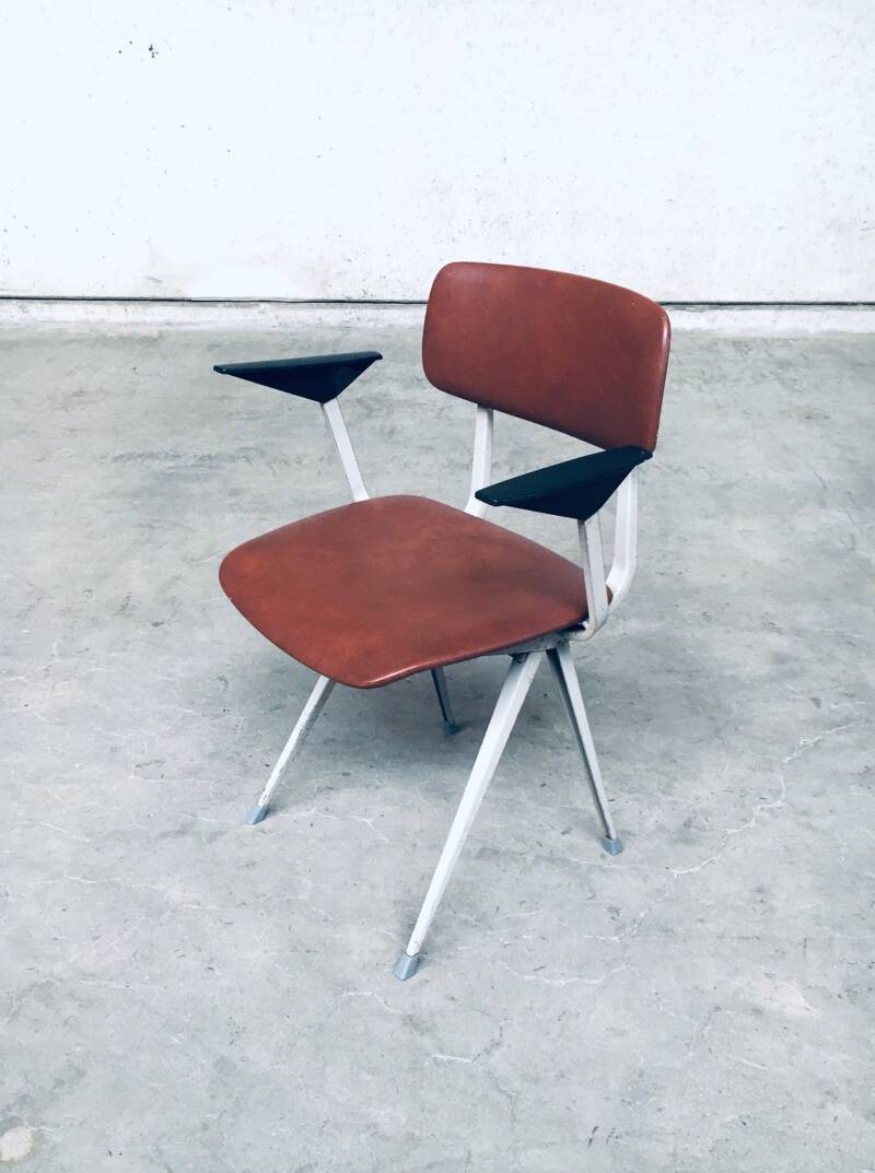 R.I.B. Ahrend Cirkel REVOLT Office Desk Chair by Friso Kramer 1971
