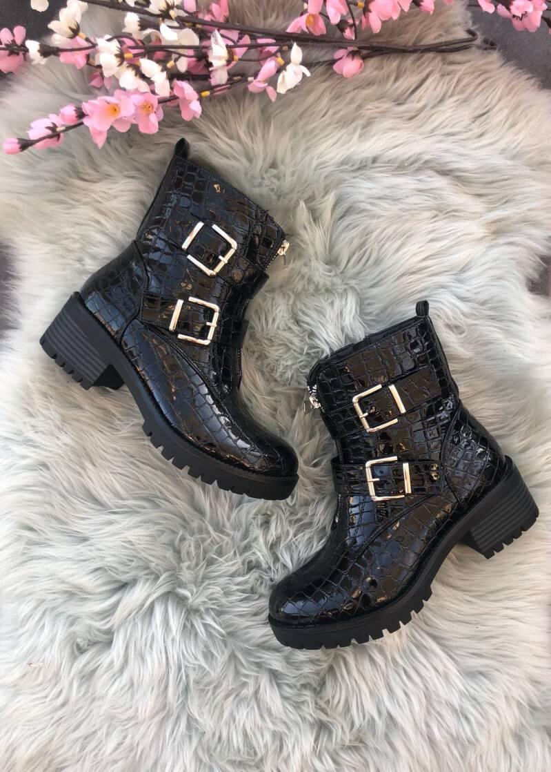 Boots SP74
