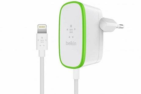 Belkin Boost↑Up Home Charger 2,4A met vaste Lightning naar USB-kabel 1,8 meter - Wit