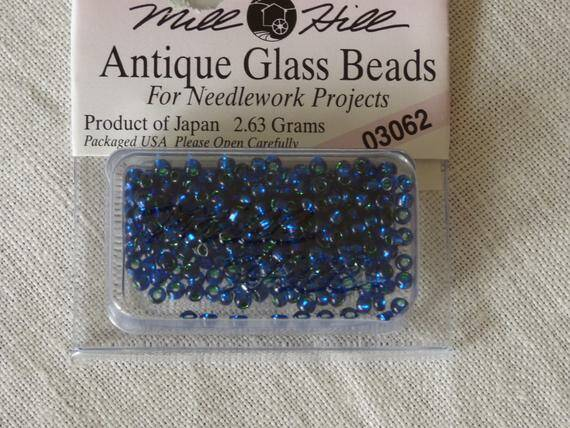 Mill Hill Antique Blue 03062