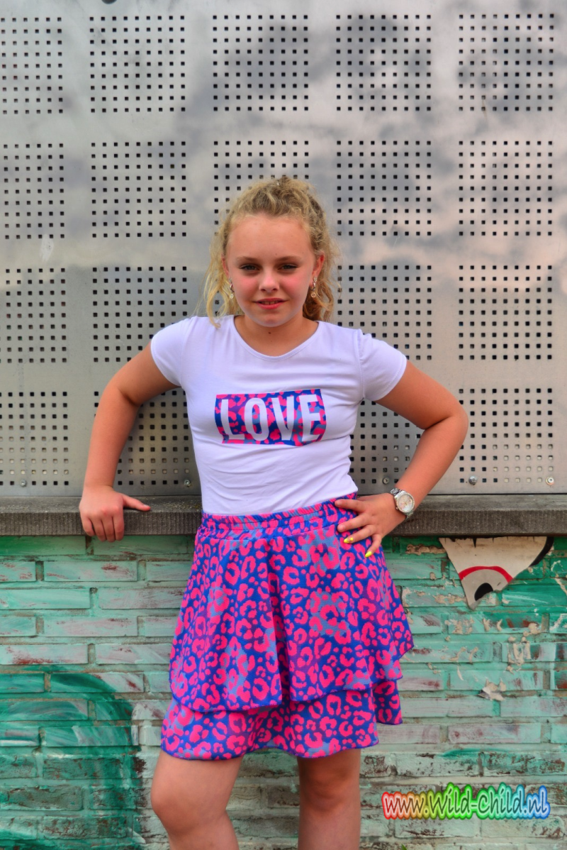 T-shirt love met print