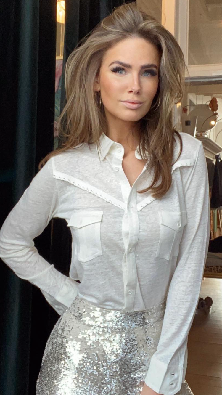 Not Shy Linen Blouse with leather Creme