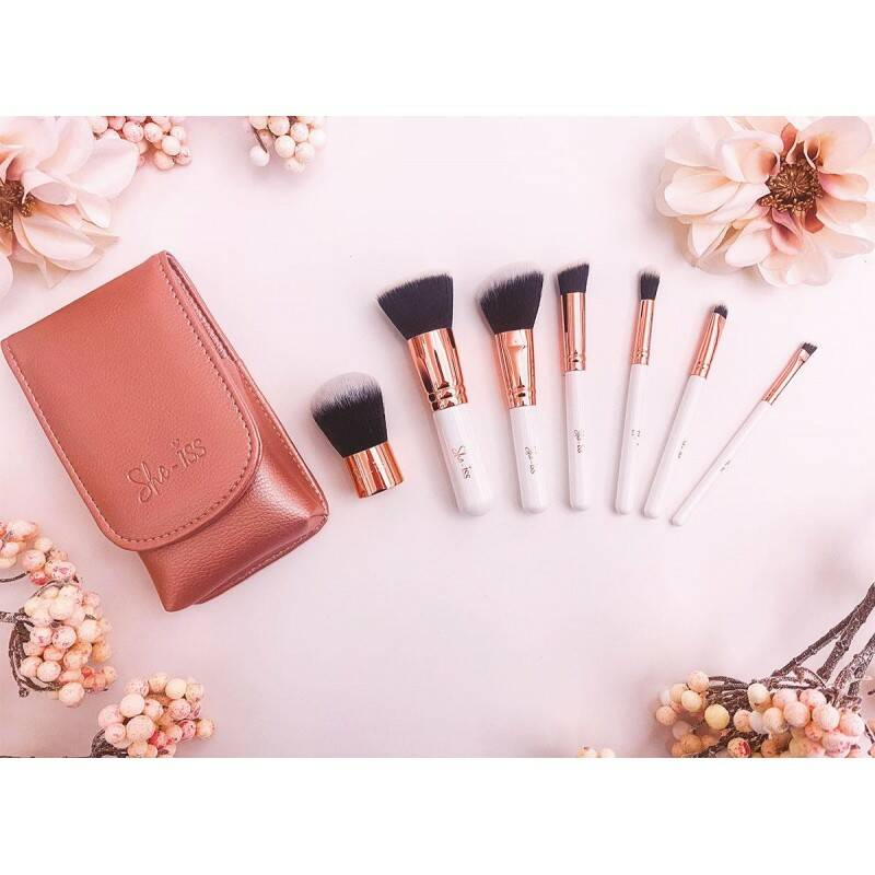 She-Iss Travel Brush Set