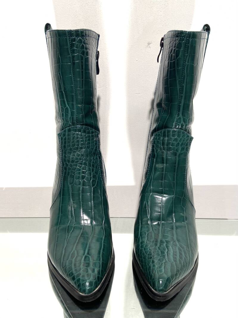 LOLA! FAUX LEATHER GREEN BOOTS