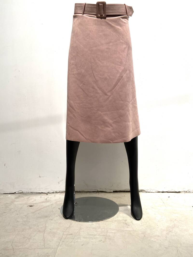 LOLA! BASIC FAUX SUEDE SKIRT WITH BELT