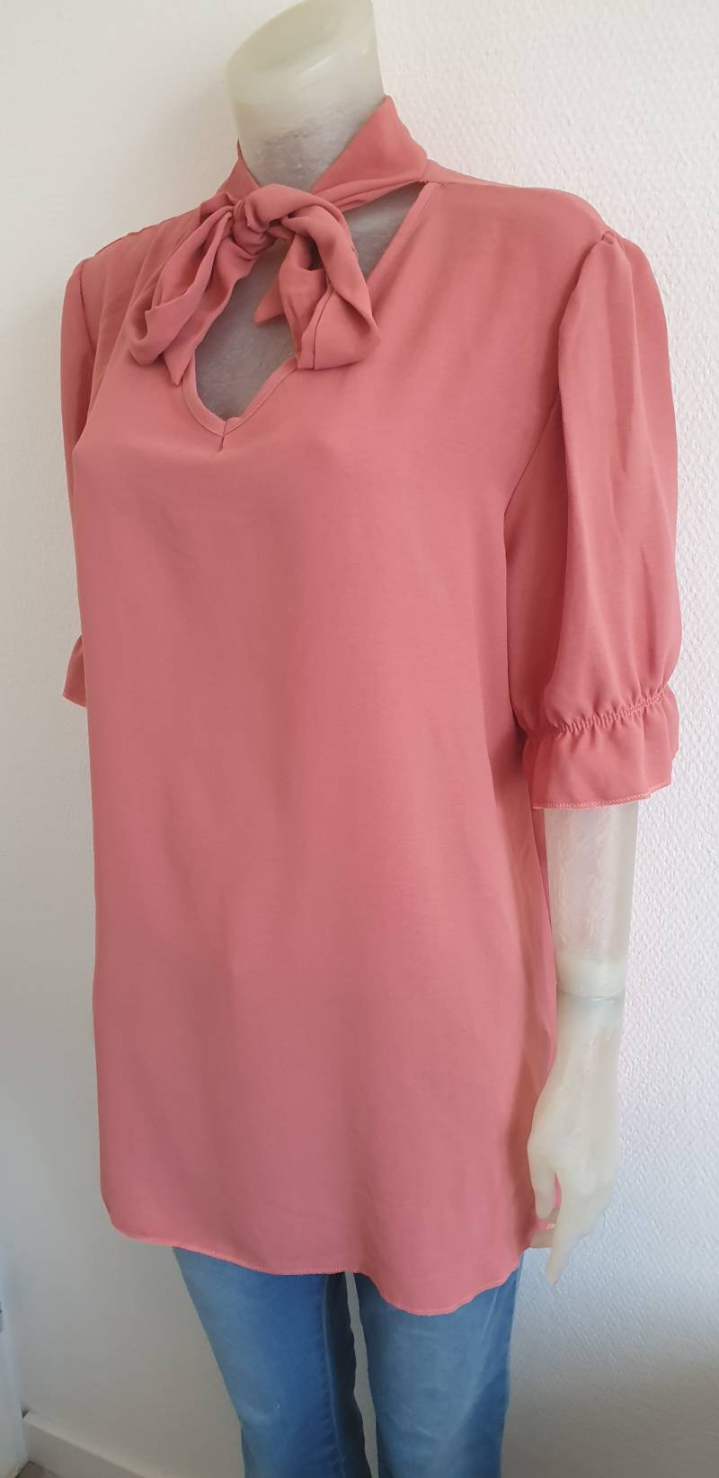 Oud rose top met strik