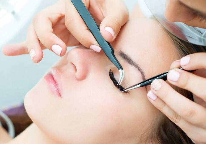 Training Eyelash Extensions Everlash.
