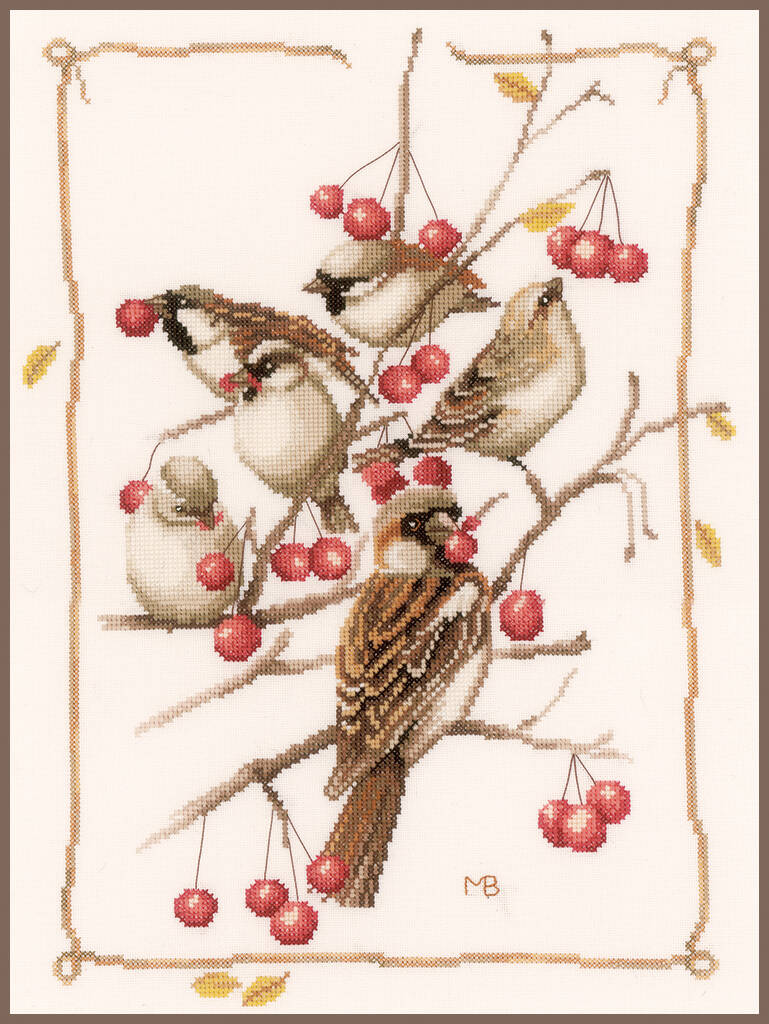 Lanarte Sparrow with red berries