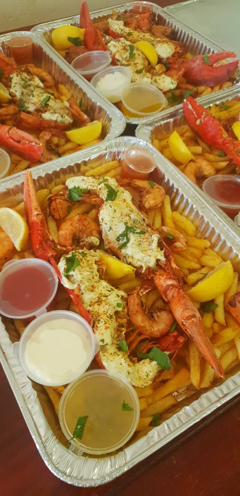 BOSS LADY'S LOBSTER & FRIES