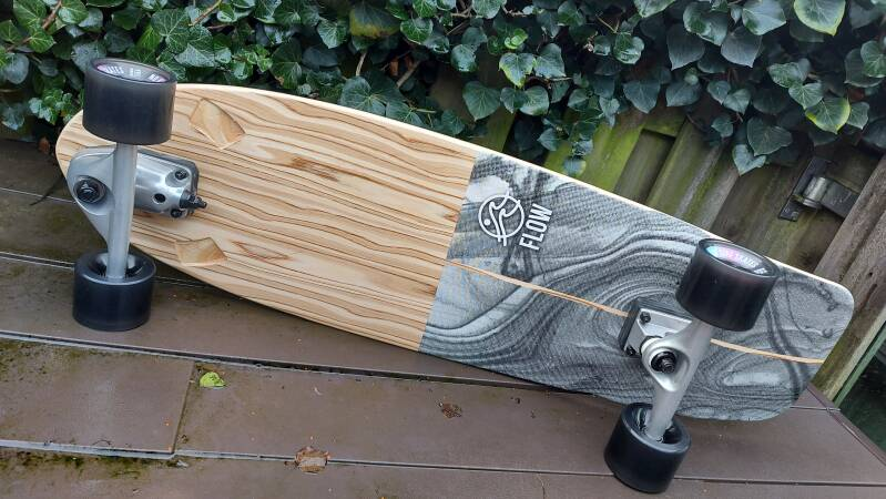"FLOW Swell Surfskate 33"" - as NEW! 20% Discount!"
