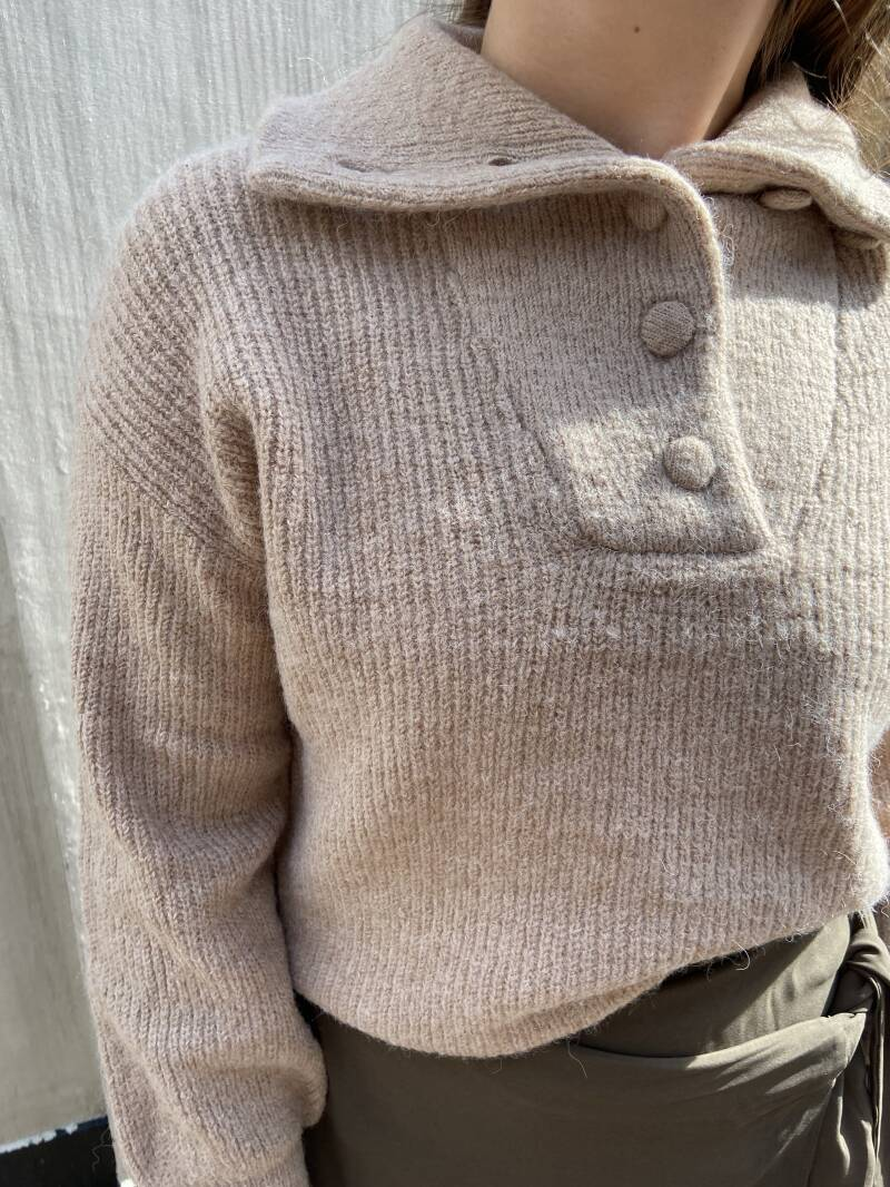 Beige pull over
