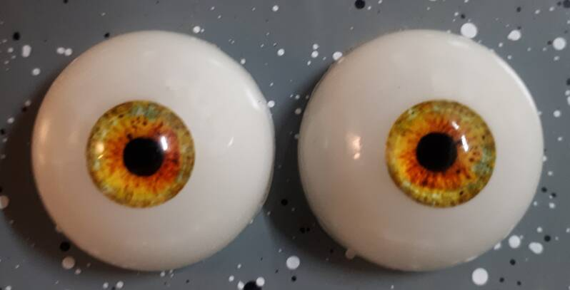 Dollicious Acrillyc mannequin Eyes -Yellow