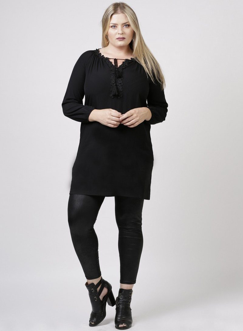 Zeffa Top Zwart - Curvy Fashion