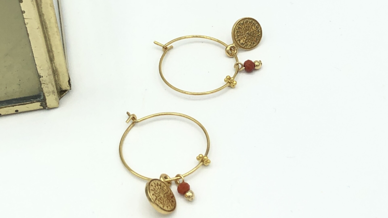 Tiny Coin Red | Lilly Oorbellen