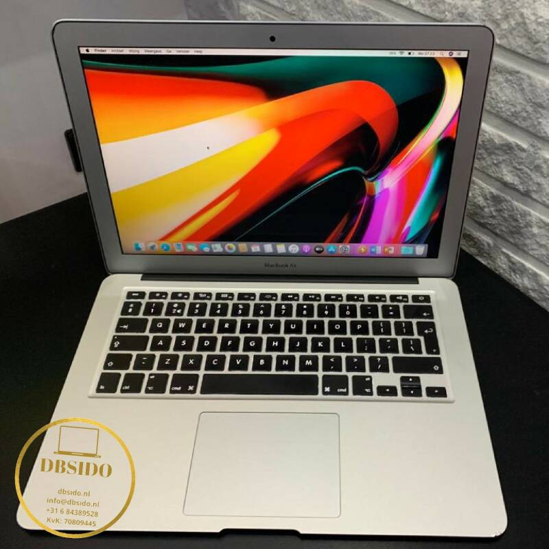 Apple macbook air core i5 8GB 256GB  SSD refurbished ✔uit 2016